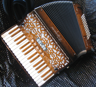 Accordions for sale second hand and used - Accordion Cloud  Scot